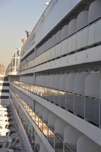 Каюти для більш заможних - з балконом